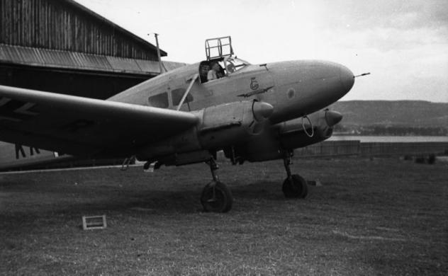bundesarchiv-bild-101ii-mw-2094-11-bulgarien-flugzeug-focke-wulf-fw-58.jpg